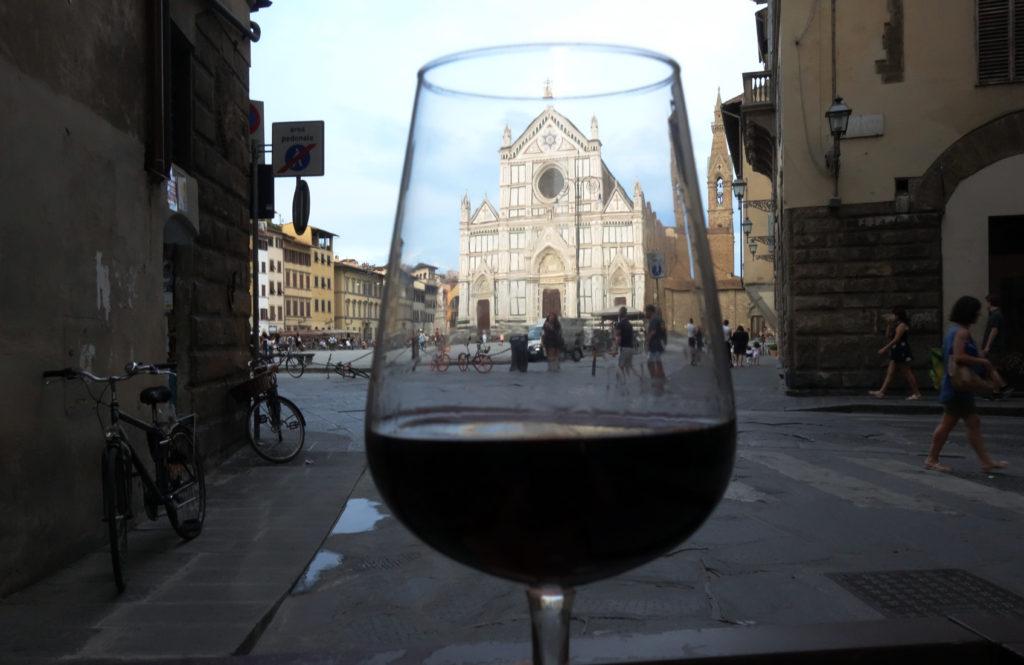 Boire un Montepulciano à Florence